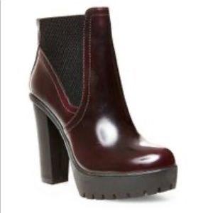 Steve Madden Amandaa Maroon ankle boots